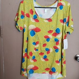 LulaRoe Classic Shirt. New with Tags.